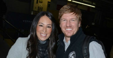 BuzzFeed writer Kate Aurthur published an article scrutinizing Chip and Joanna Gaines for attending a church that holds to a traditional view of marriage. (Photo: Everett Collection /Newscom)