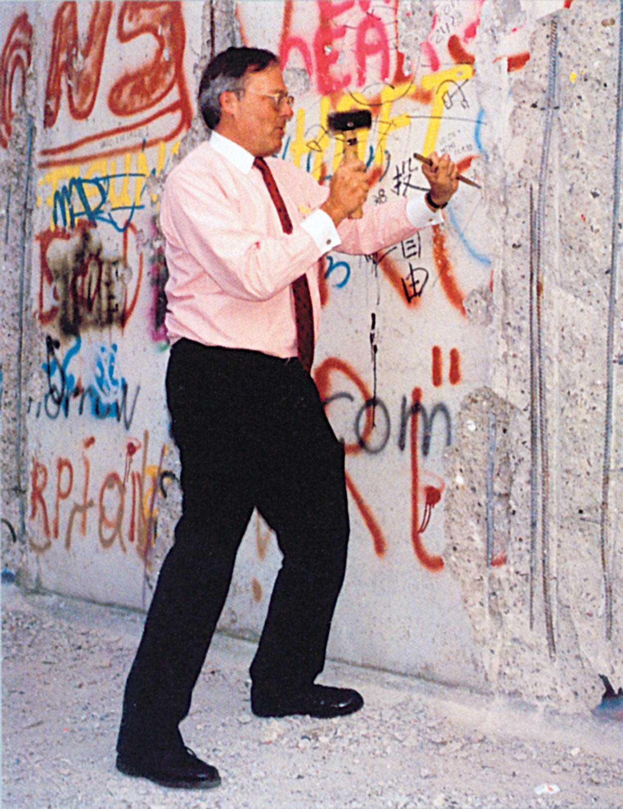 Ed Feulner at the Berlin Wall. (Photo courtesy of The Heritage Foundation)