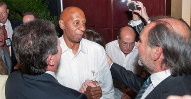 Guillermo Fariñas Hernández, pictured here  in 2013, saluted Harry Truman and Ronald Reagan in accepting a medal named after the two presidents. (Photo: Cuban American National Federation's Facebook page)