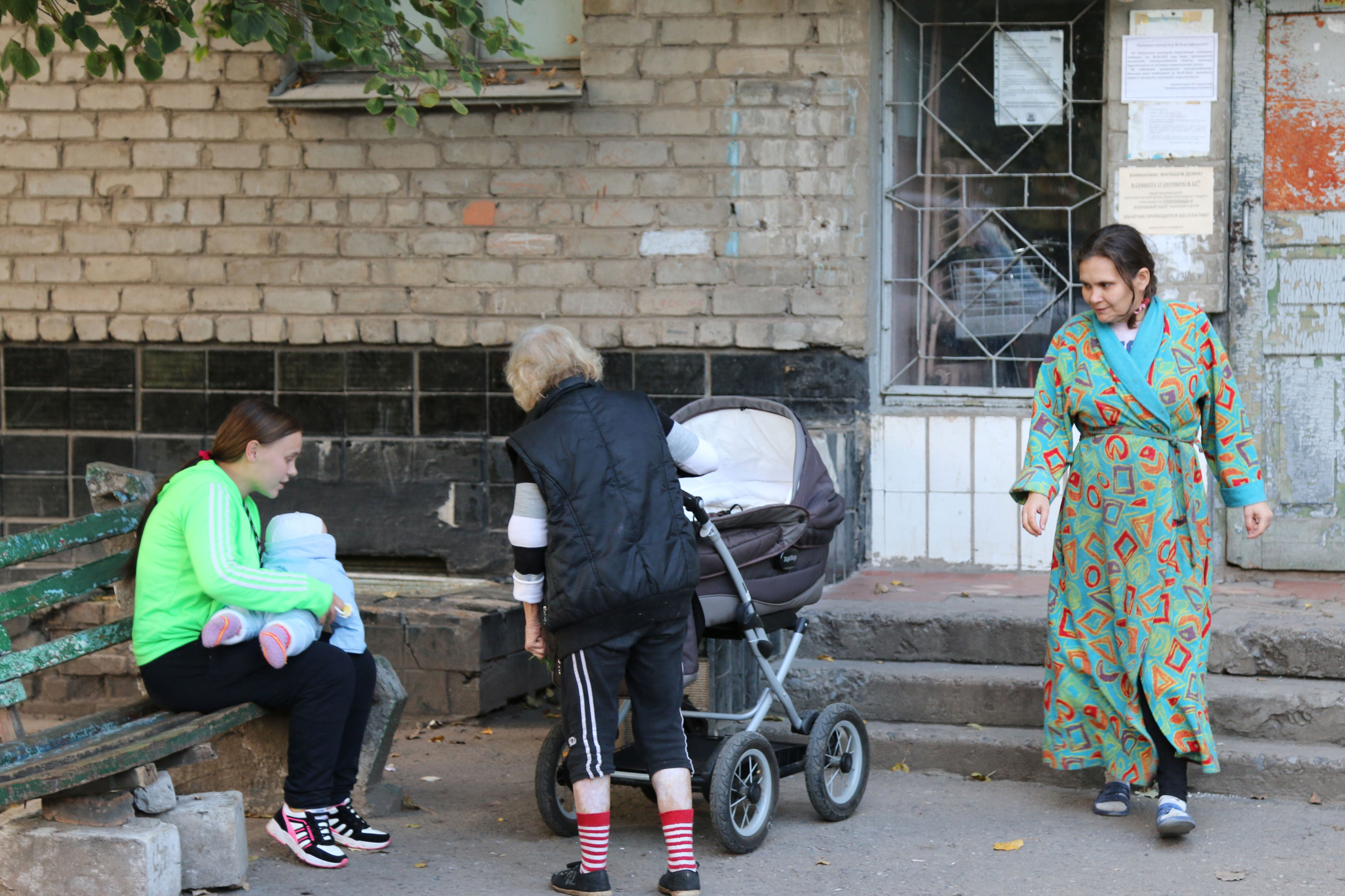 Outside a displaced persons shelter in Bahmut, Ukraine.