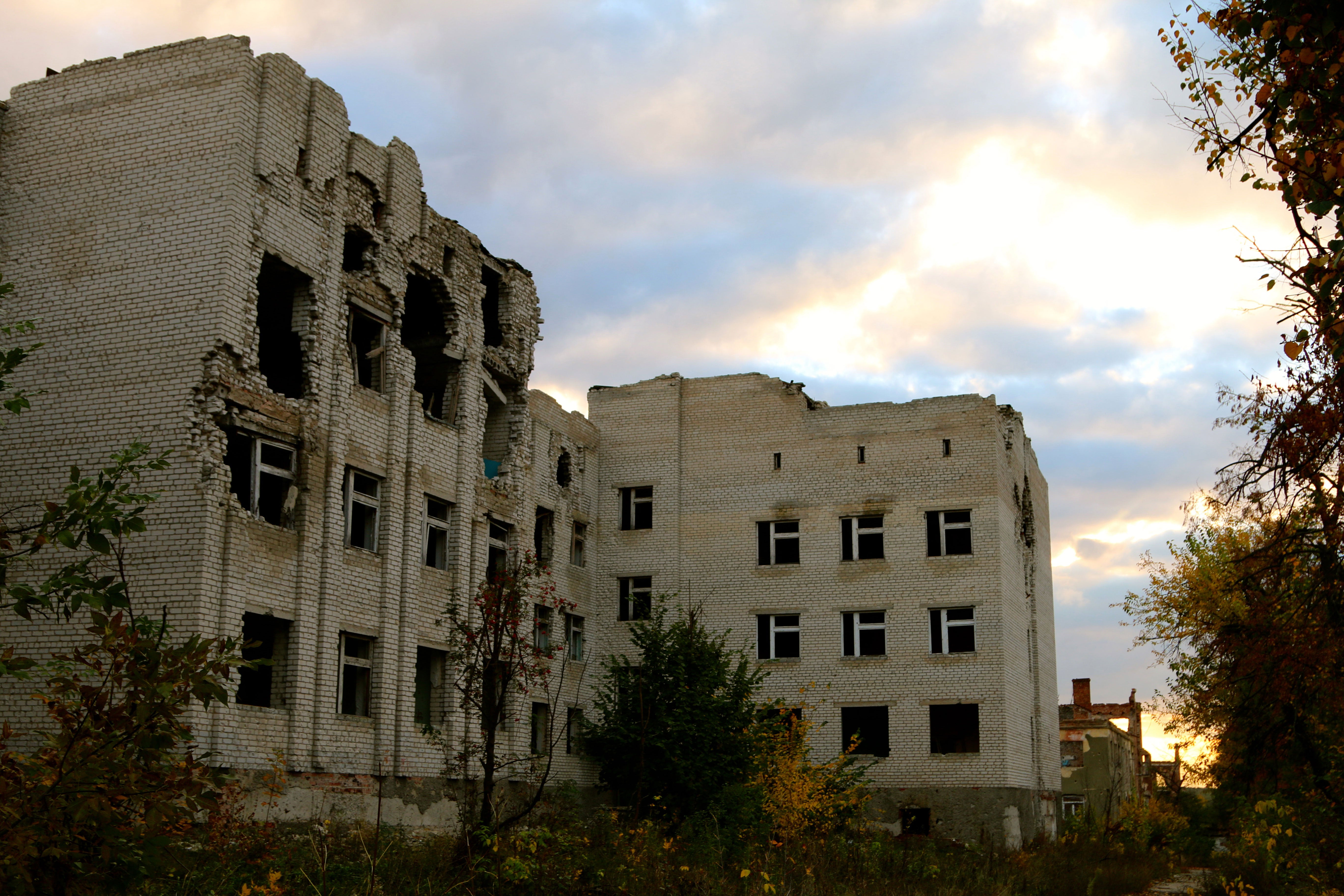 Many areas along the front lines in eastern Ukraine lie in ruins after more than two and a half years of war.