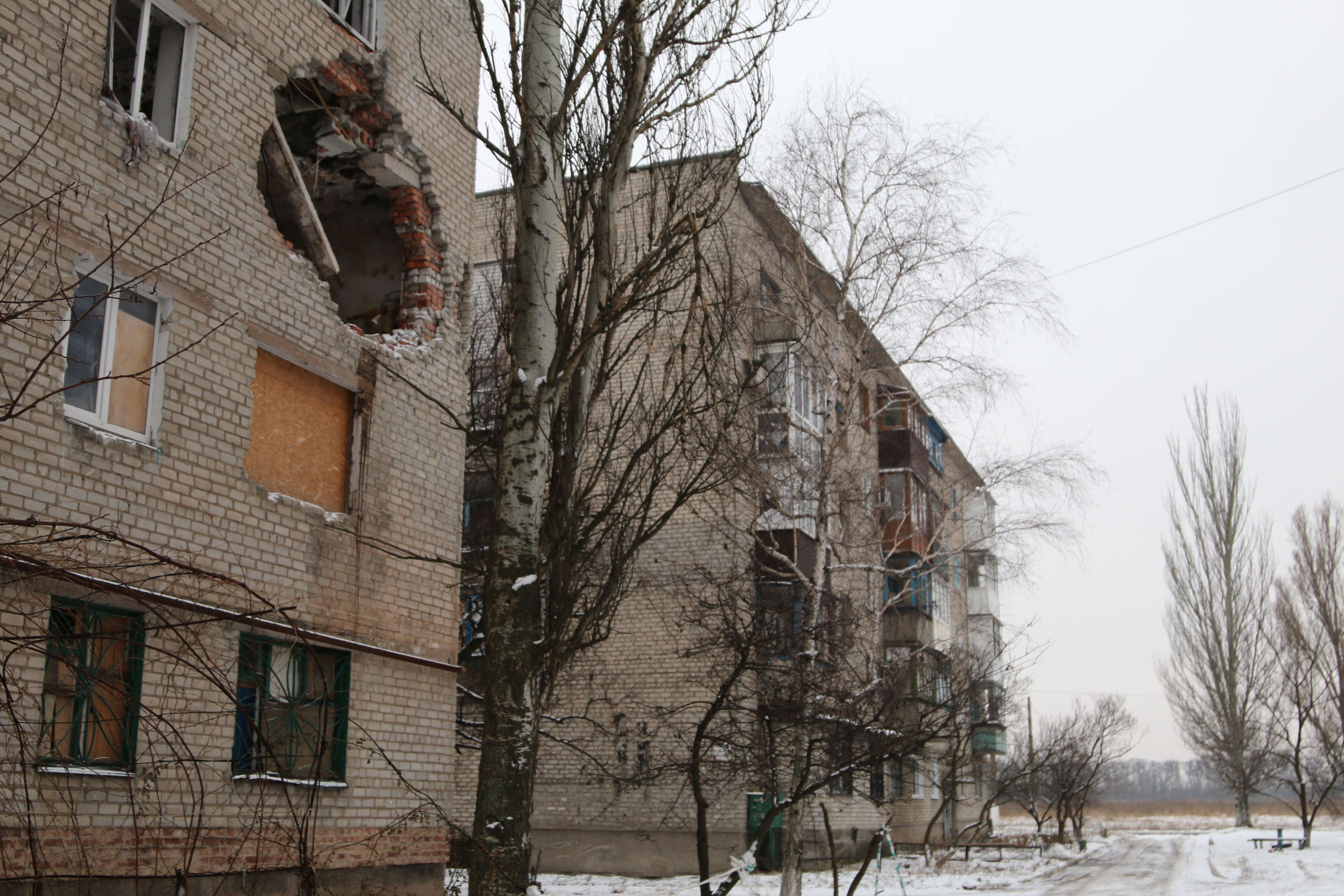 Artillery damage in Avdiivka.