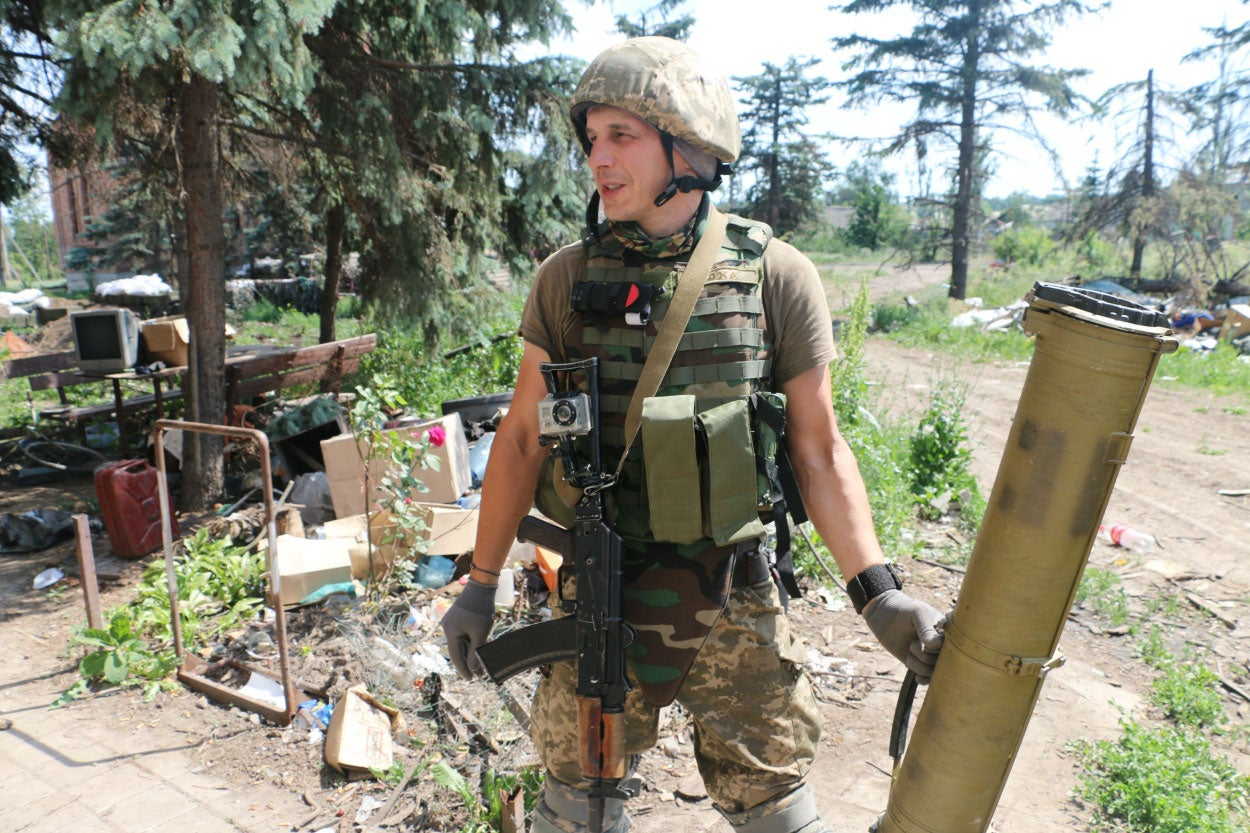 For many Ukrainian soldiers, coming home from war is complicated by the fact that the war in eastern Ukraine hasn't ended, leaving many of their friends in combat.