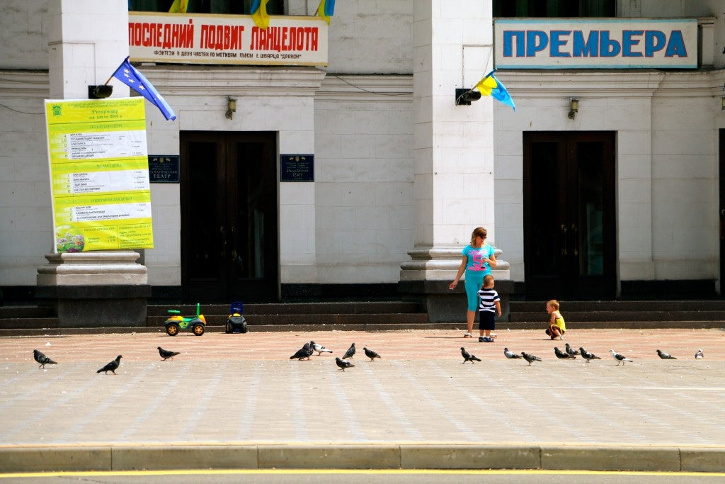 In Mariupol, people try to live normally. (Photo: Nolan Peterson/The Daily Signal)