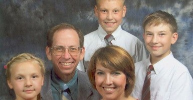Jeff-Fowle-Family-FEATURE