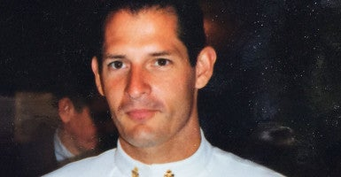 A photo shows former Navy SEAL and EOD technician Ken Stethem during his time serving the U.S. Navy. (Photo: Ken Stethem)