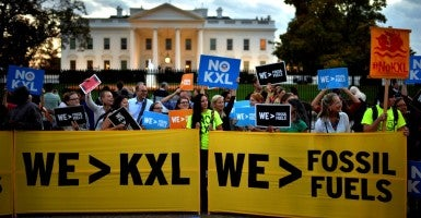 Activists rally at the White House after President Barack Obama rejected the Keystone XL pipeline. (Photo: Kevin Dietsch/UPI/Newscom)