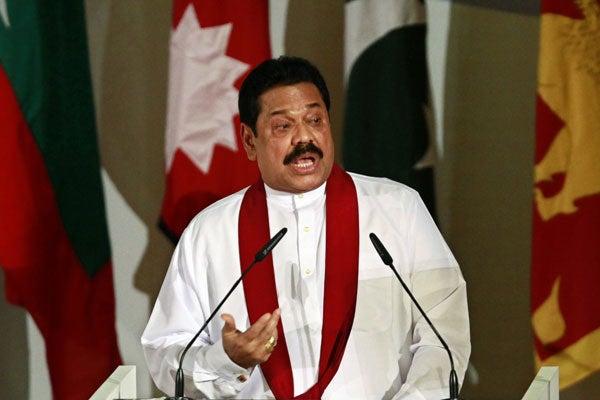 Mahinda-Rajapaksa110120
