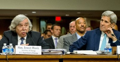 Secretary of Energy Ernest Moniz and Secretary of State John Kerry (Photo: Ron Sachs/ZUMA Press/Newscom)