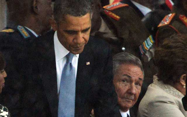 President Barack Obama and Cuban President Raul Castro (Photo: Newscom)