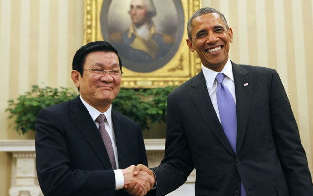 Vietnam's President Troung Tan Sang in the Oval Office with President Obama. (Photo: YURI GRIPAS/REUTERS/Newscom)