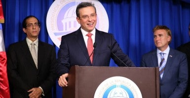 Gov. of Puerto Rico, Alejandro García Padilla. (Photo: PresidenciaRD / Flickr / CC BY-NC-ND 2.0)