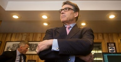Former Texas Gov. Rick Perry visits Weed Automotive in Concord, N.H. (Photo: Newscom)