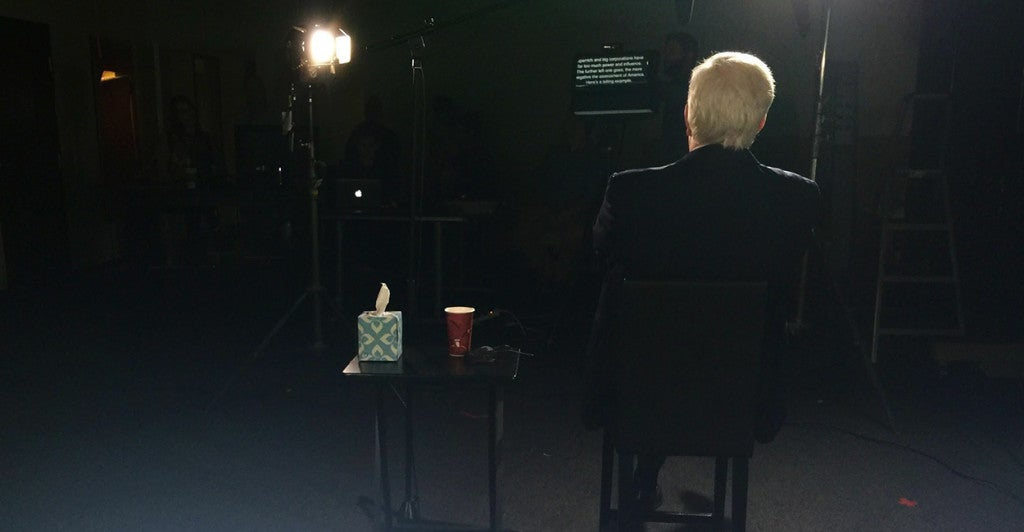 Dennis Prager films a video on set for Prager U. (Photo: TK).