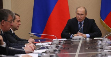 Putin Medvedev resigned constitutional changes