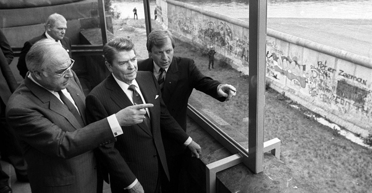 Ronald Reagan And Berlin Wall >> Why Reagan Would Have Opposed Iran Deal