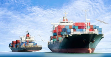 When it comes to the benefits of global trade, nearly all U.S. economists stand in agreement. (Photo: iStock Photos)