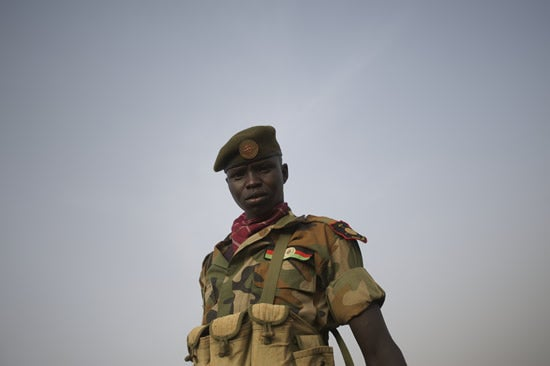 South-Sudan-soldier-4-25-12