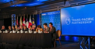 Trade ministers from the twelve Trans-Pacific Partnership (TPP) member countries participate in the closing press conference in Atlanta, Georgia, USA, 05 October 2015. (Photo: Erik S. Lesser/EPA/Newscom)