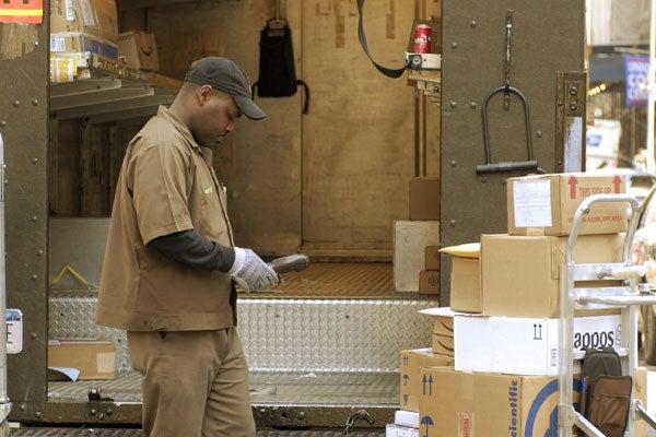 UPSworker_Americanworking_1