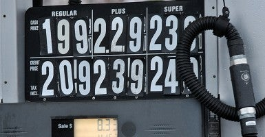 Gas prices in Edison, New Jersey. (Photo: Dennis Van Tine/ABACAUSA.COM)