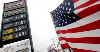 Gas had fallen below $2 in Brick and Edison, New Jersey Dec. 23, 2014. (Photo: Dennis Van Tine/Newscom)