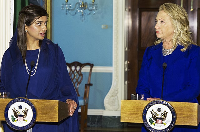 Pakistani Foreign Minister Hina Rabbani Khar (L) and US Secretary of State Hillary Clinton speak to the media on September 21, 2012, shortly before their private  bilateral meeting at the Department of State in Washington, DC. (Photo: PAUL J. RICHARDS/AFP/Getty Images)