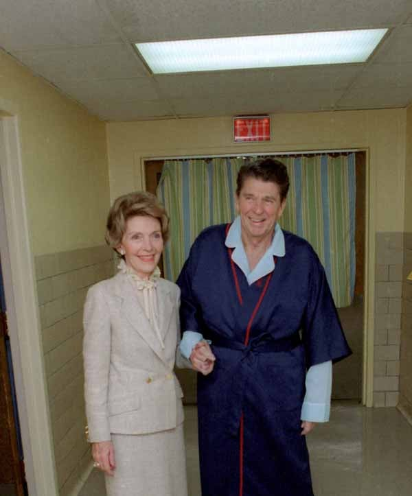 President Reagan with Nancy Reagan inside George Washington Hospital four days after the shooting. (Photo: Ronald Reagan Library)