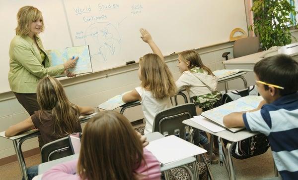 classroom-student-raises-hand