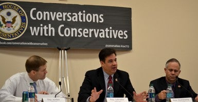 "Conservatives gather on Capitol Hill for monthly ""conversation."" (Photo: Kyle Smith)"