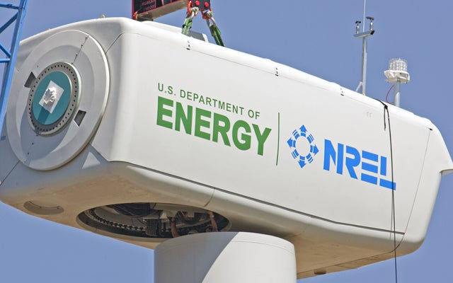 NREL Installs New 1.5 Wind Turbine Near Boulder, Colorado