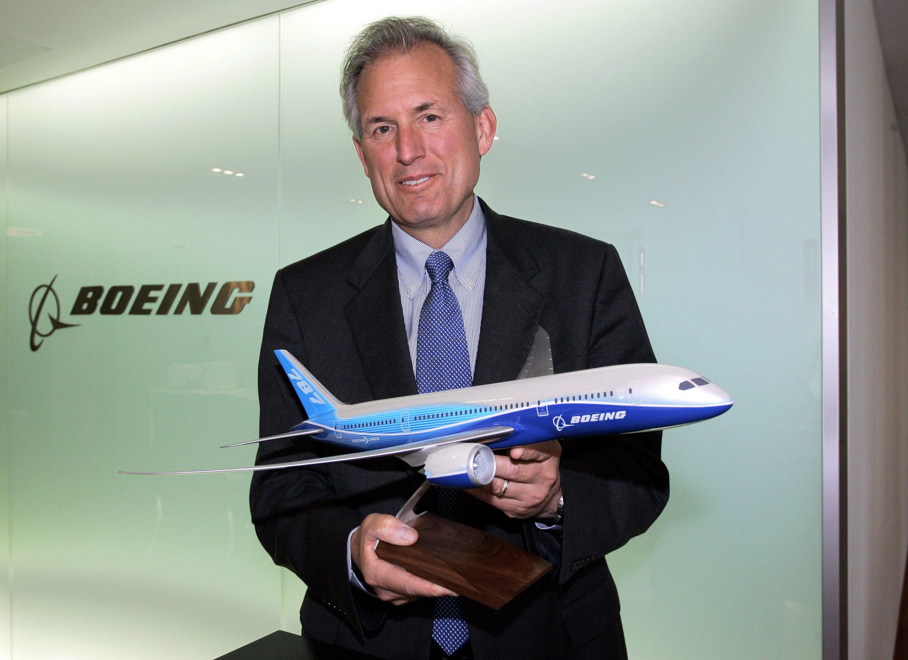 Boeing CEO Jim McNerney (A3518 Miguel Villagran Deutsch Presse Agentur/Newscom)