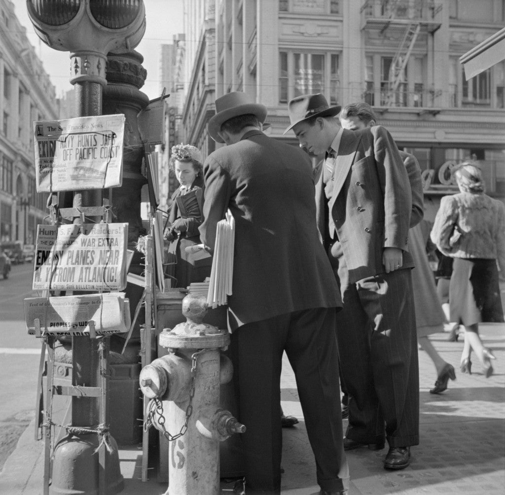 A San Francisco newspaper stand on Monday morning, Dec. 8, 1941, the day after Japanese attack on Pearl Harbor. (Photo: Newscom)