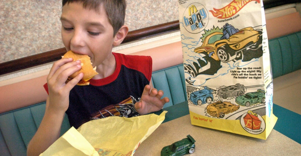 Michigan Lawmakers Urge Fast-Food Chains to Stop Offering 'Gender-Classified' Toys