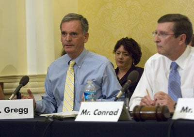 Sen. Judd Gregg, (R-NH) and Sen. Kent Conrad, (D-ND)