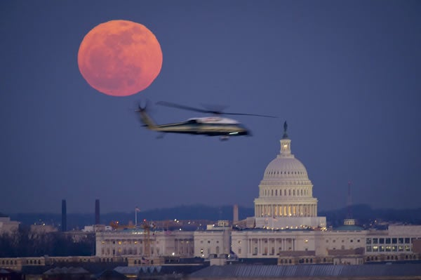 helicopter-capitol-moon