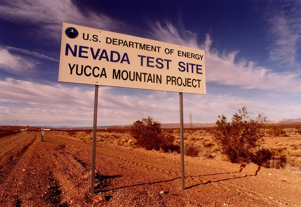 MOUNTAIN YUCCA NUCLEAR WASTE FACILITY NEVADA DESERT WEST DUMP GOVERNMENT FUEL SPENT TUNNEL