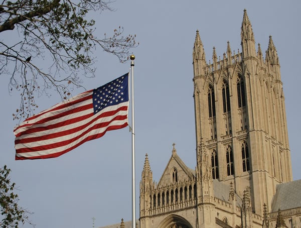 national-cathedral-flag