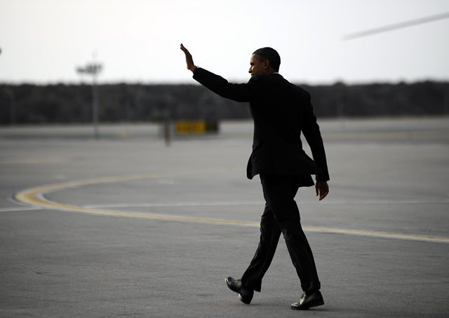 obama-vegas-airport-10-24-11