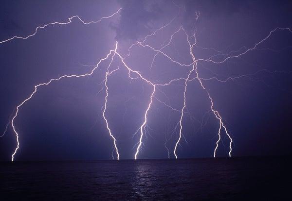 ocean-lightning