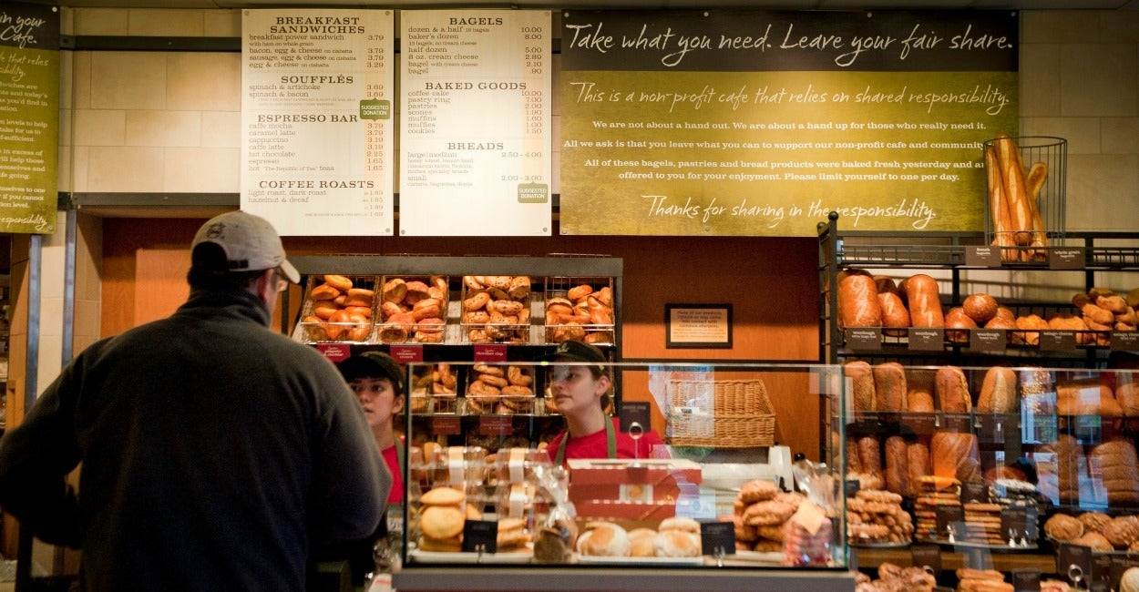 Popular Menu Items. Panera Bread offers something for everyone. The wide selection on the menu includes several mix & match combos which will give you the option to .