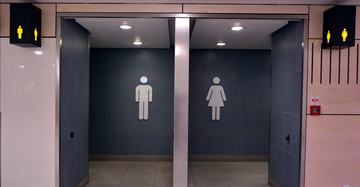 Free sex photo in bathroom in schools