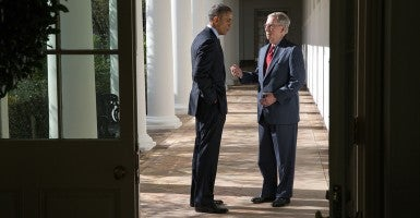 President Obama talks with Sen. Mitch McConnell, R-Ky., outside the White House. (Photo: Pete Souza/Newscom)
