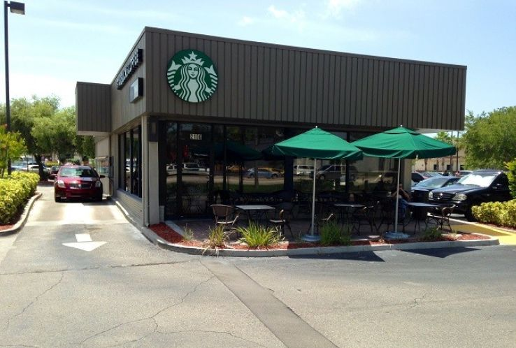 The Starbucks in St. Petersburg, Fla. (Photo: Tampa Bay Times via YouTube)