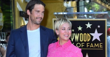 Actress Kaley Cuoco-Sweeting is accompanied by her husband, U.S. pro tennis player Ryan Sweeting, as she is honored with the 2,532nd star on the Hollywood Walk of Fame. (Photo: Jim Ruymen/Newscom)