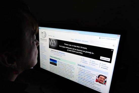 wikipedia-computer-shutdown
