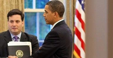 Ron Klain and President Obama (Photo: Pete Souza/Newscom)