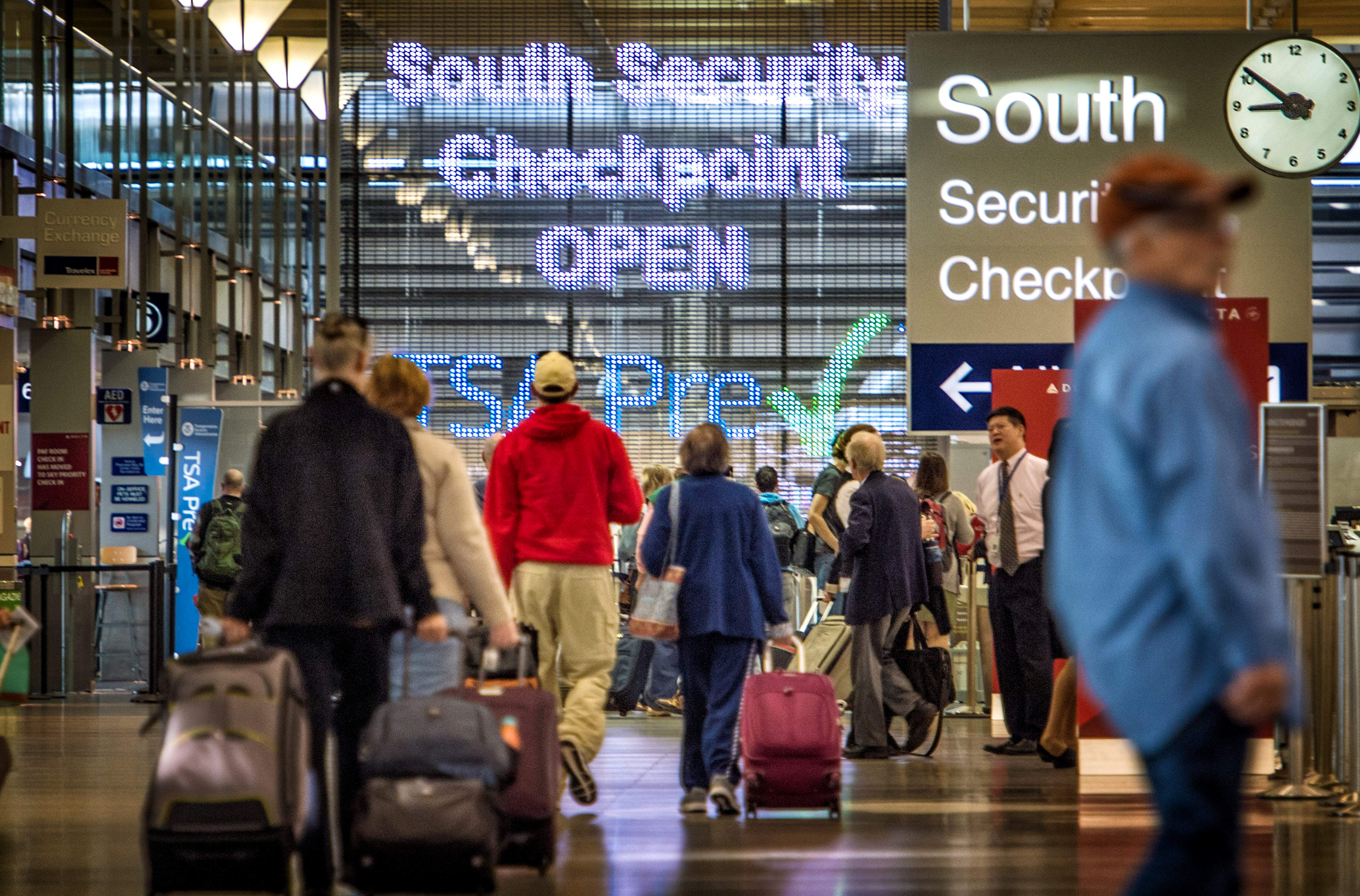 The size of the no-fly list is secret and the FBI won't say who's on it. (Photo: Glen Stubbe/Minneapolis Star Tribune/ZUMA Wire)