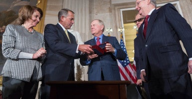 In a scenario floated by some, Democrats could help Republicans elect a new speaker. Here, House Minority Leader Nancy Pelosi, Speaker John Boehner, Senate Majority Leader Mitch McConnell and Democratic Leader Harry Reid present an award to former golfer Jack Nicklaus. (Photo: Caleb Smith/ZUMA Press/Newscom)