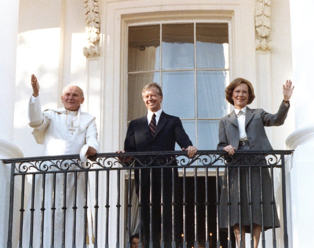 President Jimmy Carter and First Lady Rosalynn Carter with Pope John Paul II at the White House on October 6, 1979. (Photo: Carter Archives/Newscom)